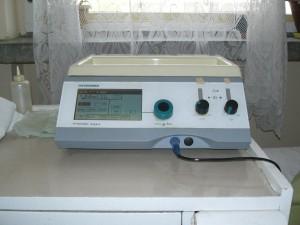 Комбиниран апарат за нискочестотни и средночестотни токове